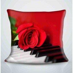 Фотоподушка Роза на клавишах